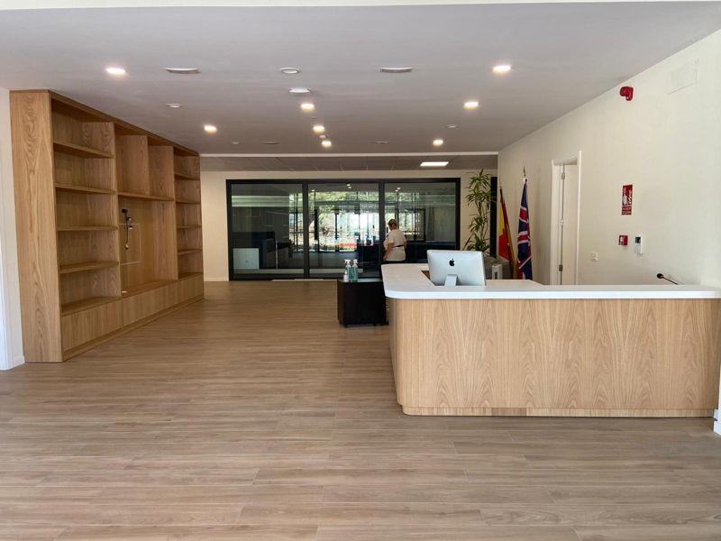 MOSTRADOR - Mobiliario Hall Colegio